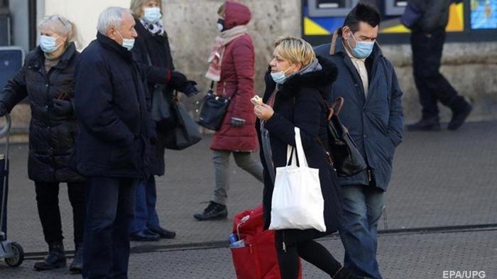 В мире более 112 миллионов случаев коронавируса