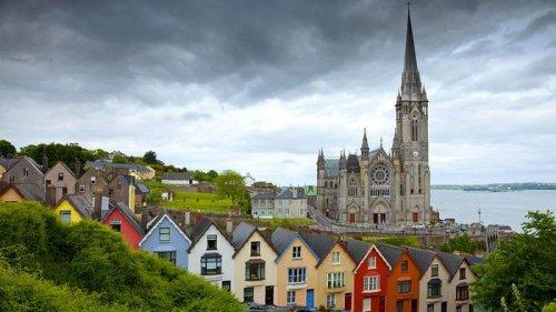В Ирландии гостиницы и рестораны не будут работать до середины лета