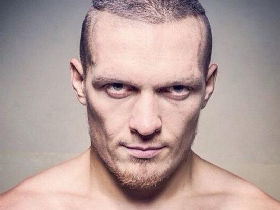 Усик бросил вызов сразу двум боксерам из Польши