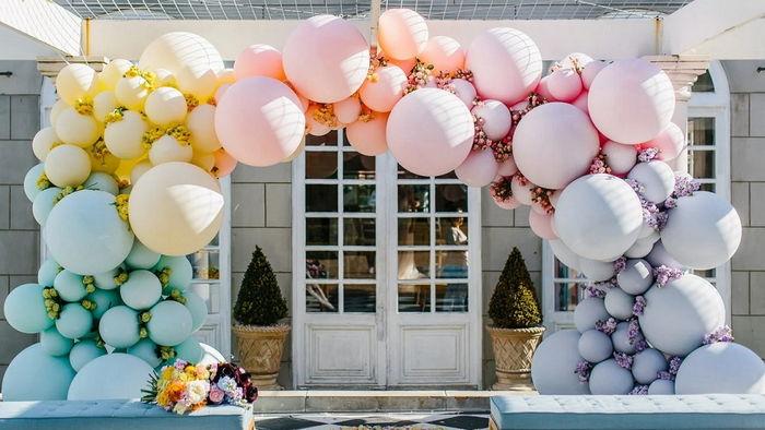 Привлечь внимание легко с помощью шаров