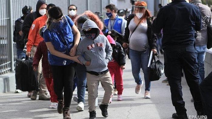 В США рекордный наплыв мигрантов за 20 лет