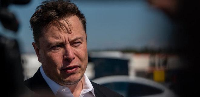 Илон Маск ответил на запрет китайским военным и чиновникам ездить на Tesla на работу