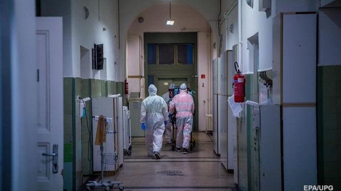 В Венгрии установлен новый рекорд суточной смертности от коронавируса