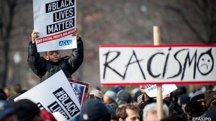 В США начнут выплачивать компенсации пострадавшим от расизма