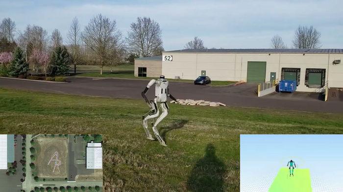 Робот-гуманоид научился ходить без помощи человека (видео)
