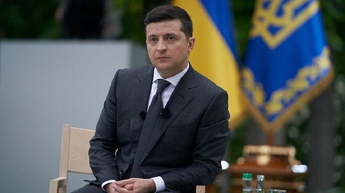 Быть как США и ЕС: Зеленский потребовал разработать украинский паспорт вакцинации