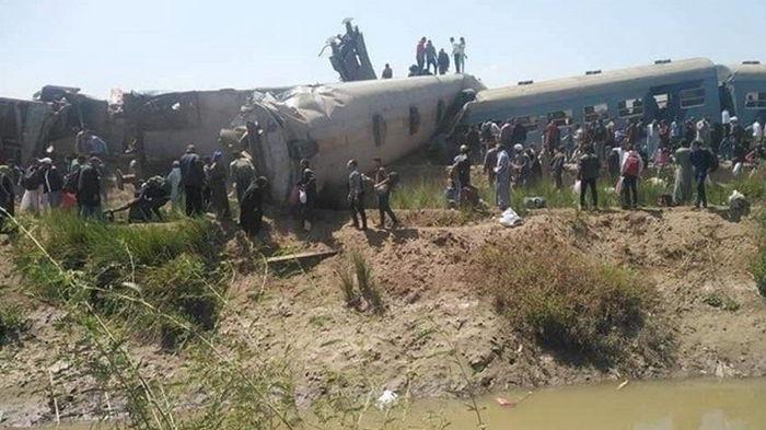 В Египте при крушении поездов погибли 32 человека