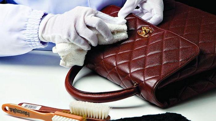 Как почистить кожаную сумку: испытанный способ