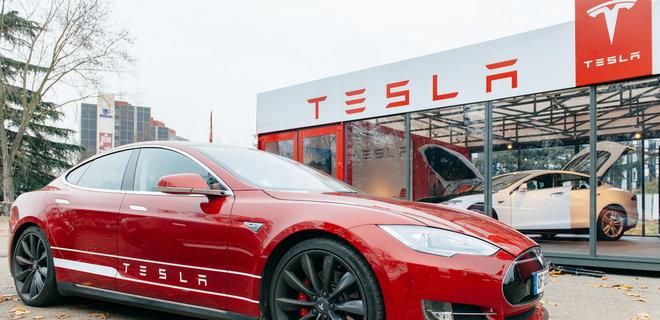 Акции Tesla выросли на 7% после новостей о рекордных поставках электрокаров