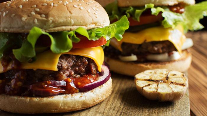 Готовим на карантине: классический рецепт бургера