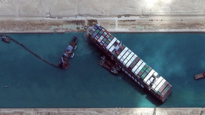 Египет хочет $1 млрд компенсации за Суэцкую пробку. Думает, кому выставить счет