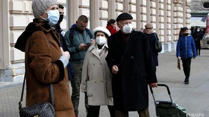 В Украине за сутки 13,7 тысяч заболевших COVID-19