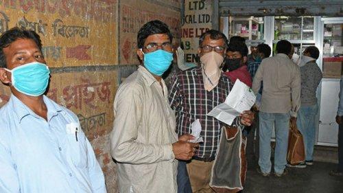 Вторая волна COVID захлестнула Индию: там выявили 103 000 новых случае...