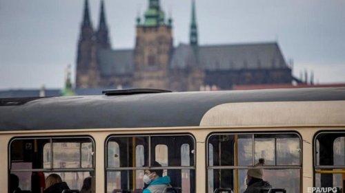 Власти Чехии спустя полгода намерены отменить режим ЧС