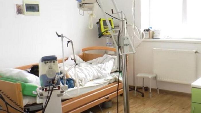 Киев требует разрешить использовать все больницы под COVID