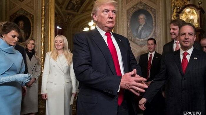 Экс-сотрудников Трампа не берут на работу - СМИ