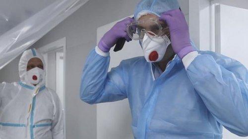 Кличко посетил переполненную COVID-пациентами больницу (видео)