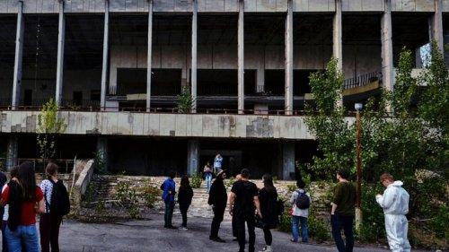 Як правильно користуватись дозиметром під час екскурсії в Чорнобиль?
