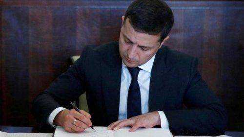 Зеленский подписал закон о помощи бизнесу