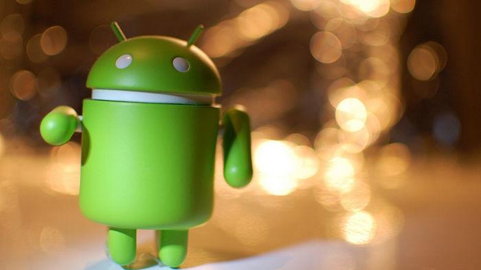 Android будет напоминать пользователям поднять голову во время ходьбы