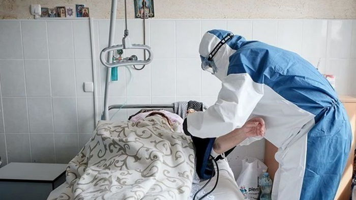В Украине новый рекорд по COVID-госпитализациям