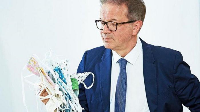 Глава Минздрава Австрии уходит в отставку из-за перегрузки