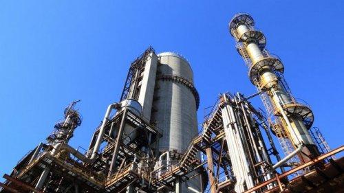 Цены на нефть дешевеют из-за скачка COVID-19