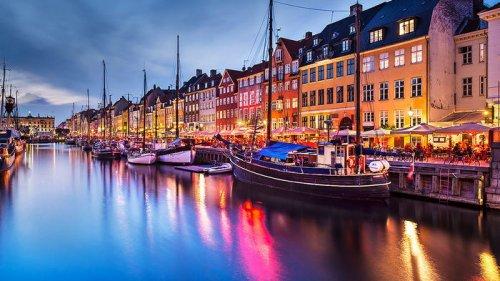 В Дании протестовали против COVID-паспорта