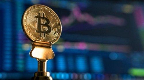 Стоимость биткоина снова превысила $60 тысяч
