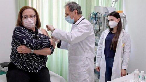 В Украине за день больше тысячи COVID-вакцинаций