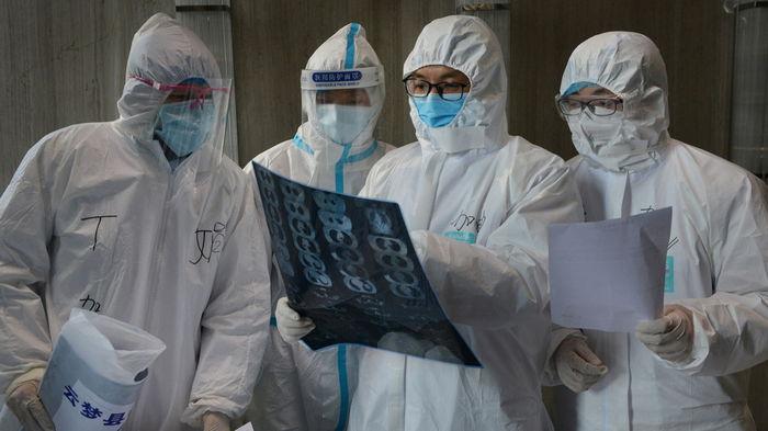Британский штамм коронавируса не опаснее для заболевших, чем обычный: исследование