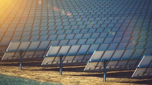 Доля зеленой энергетики в Украине за год выросла в два раза