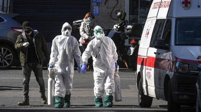 Заболеваемость COVID-19 в мире приближается к самому высокому уровню за все время пандемии — ВОЗ