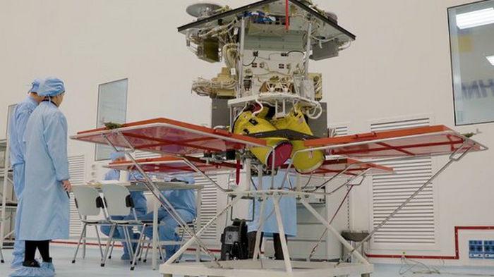SpaceX запустит украинский спутник: названа сумма контракта