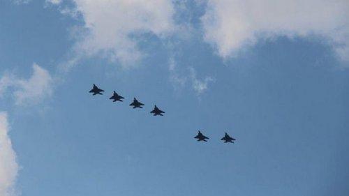 США перебросили в Польшу десятки истребителей