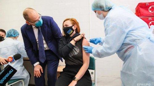Темпы вакцинации упали в четыре раза – Минздрав