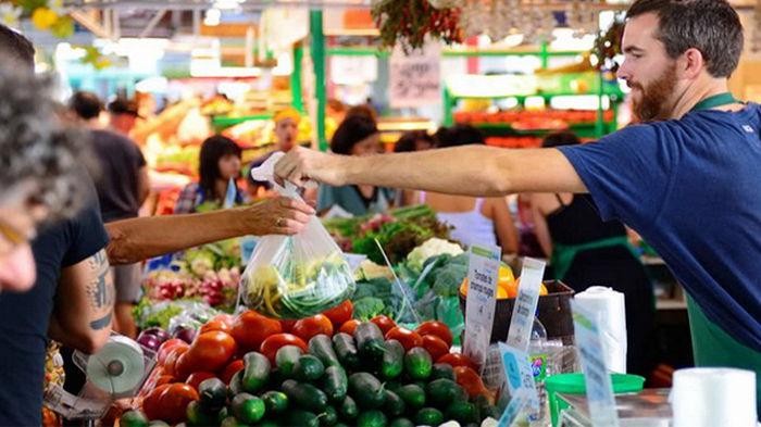Как на дрожжах. Розничная торговля в Украине растет ускоренными темпами