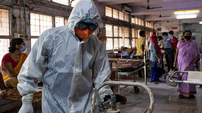США, Британия и даже Пакистан отреагировали на коллапс в Индии: отправляют помощь