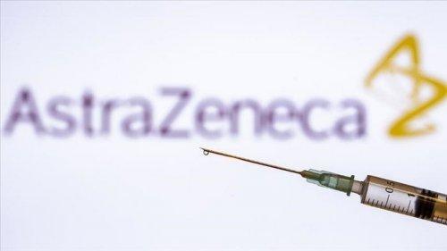 Риск образования тромбов возможен у одного из 100 тысяч привитых вакциной AstraZeneca — регулятор ЕС