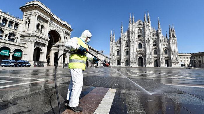 Италия решила продлить COVID-ограничения для путешественников из Европы