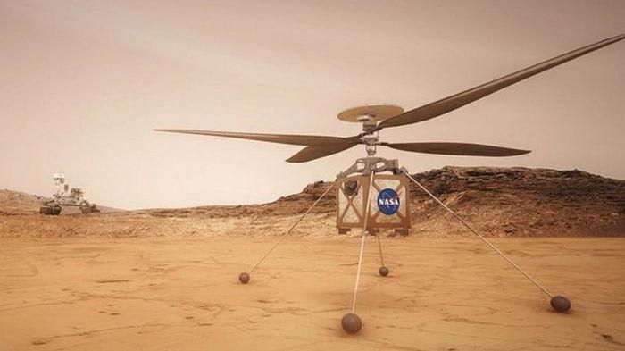 Марсианский вертолет в полете снял ровер Perseverance: разглядеть его непросто – фото