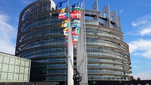Европарламент утвердил торговую сделку ЕС и Британии