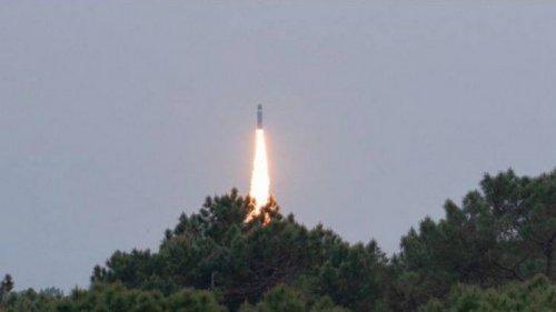 Изменили траекторию: Франция провела интересные испытания баллистической ракеты (видео)