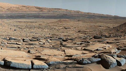 Астрономы раскрыли одну из главных загадок Марса — существование жидкой воды