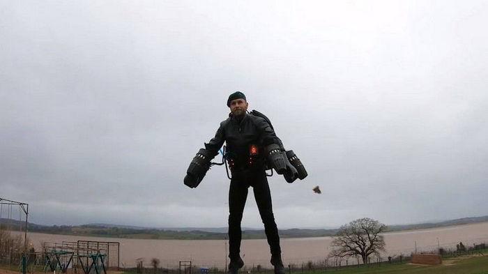 Британские морпехи протестировали реактивные ранцы: видео