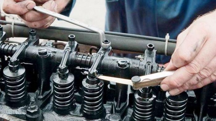 Как выбирать запчасти на двигатель для трактора?