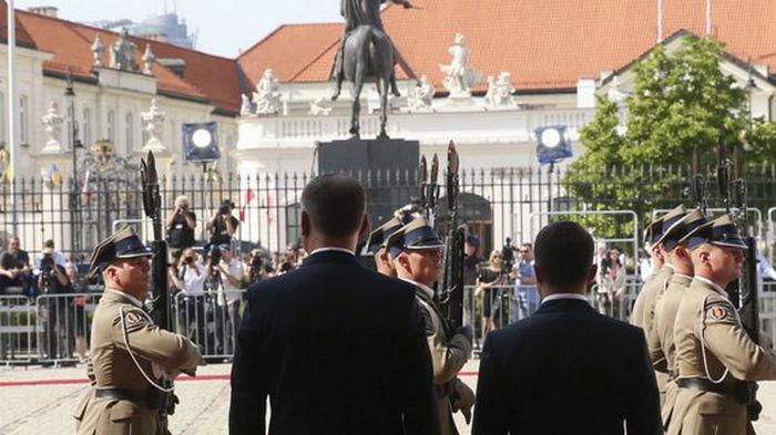 Зеленский, президенты Польши и стран Балтии приняли совместную декларацию о сотрудничестве