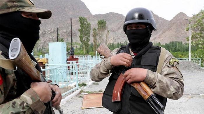 В Таджикистане пострадавшим в конфликте с Кыргызстаном выделили 3 млн