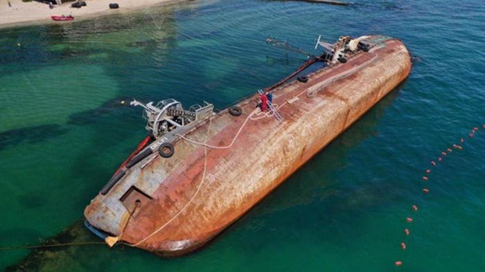Суд признал собственностью государства танкер Delfi