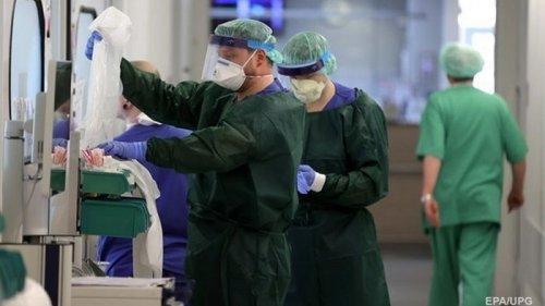 В Украине за день почти 7 тысяч случаев COVID-19
